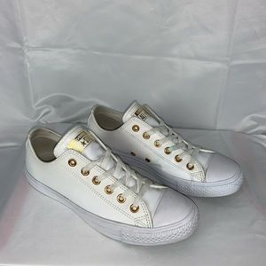 (Like new) leather Converse all star sneaker